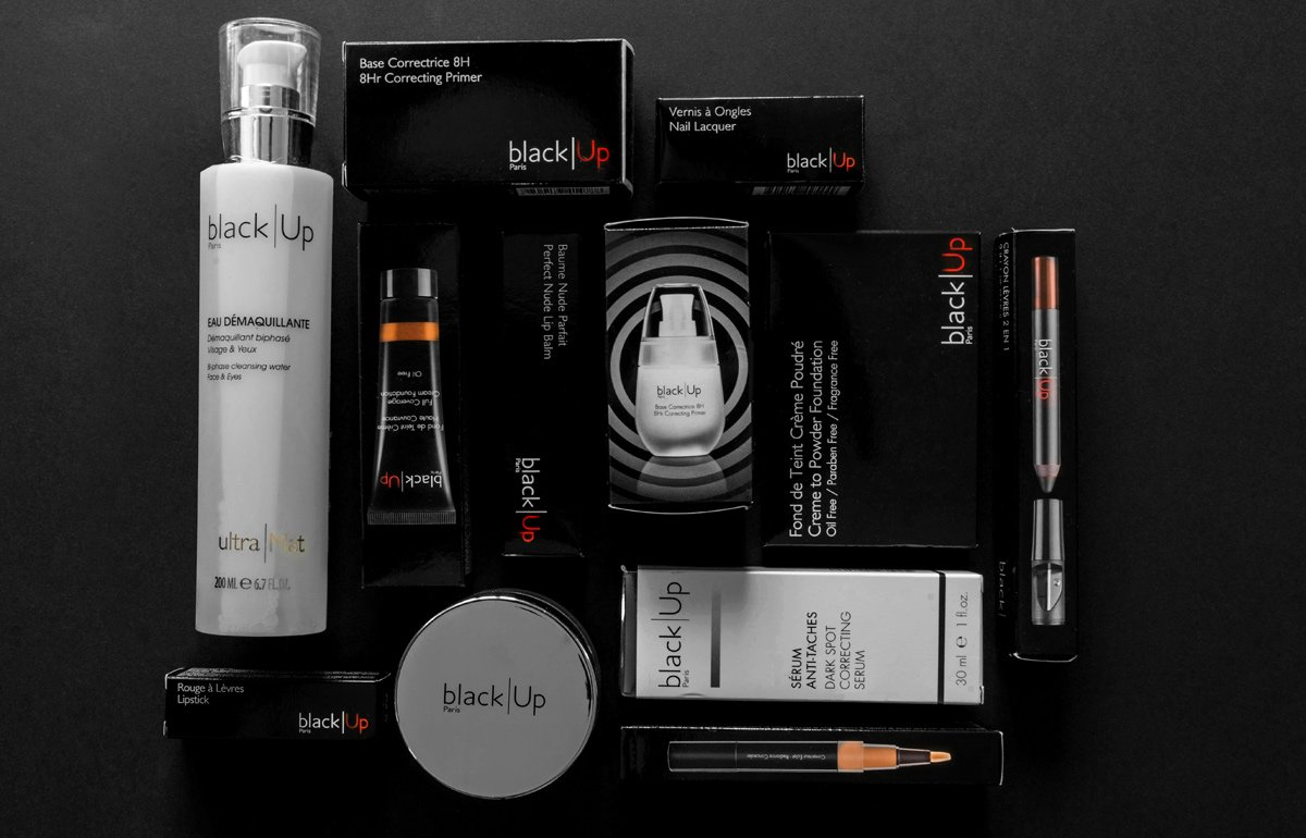 Packshots cosmetiques Black up